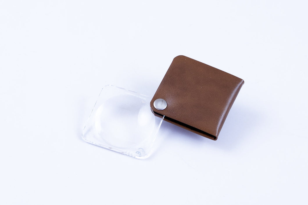 Pocket Magnifier w/Leather Case, 3.5x (Eschenbach): Tan Small