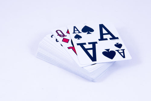 Marinoff Large Print Playing Cards (Close Up)