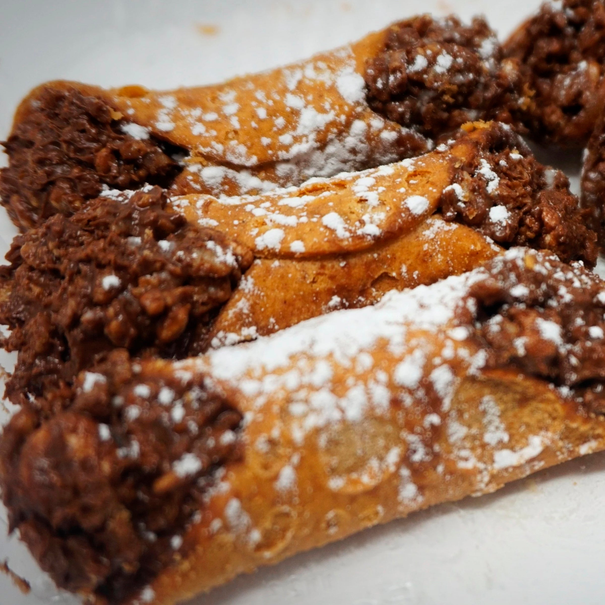12 Mini Chocolate Cannoli Crispy Bars (Free Shipping)
