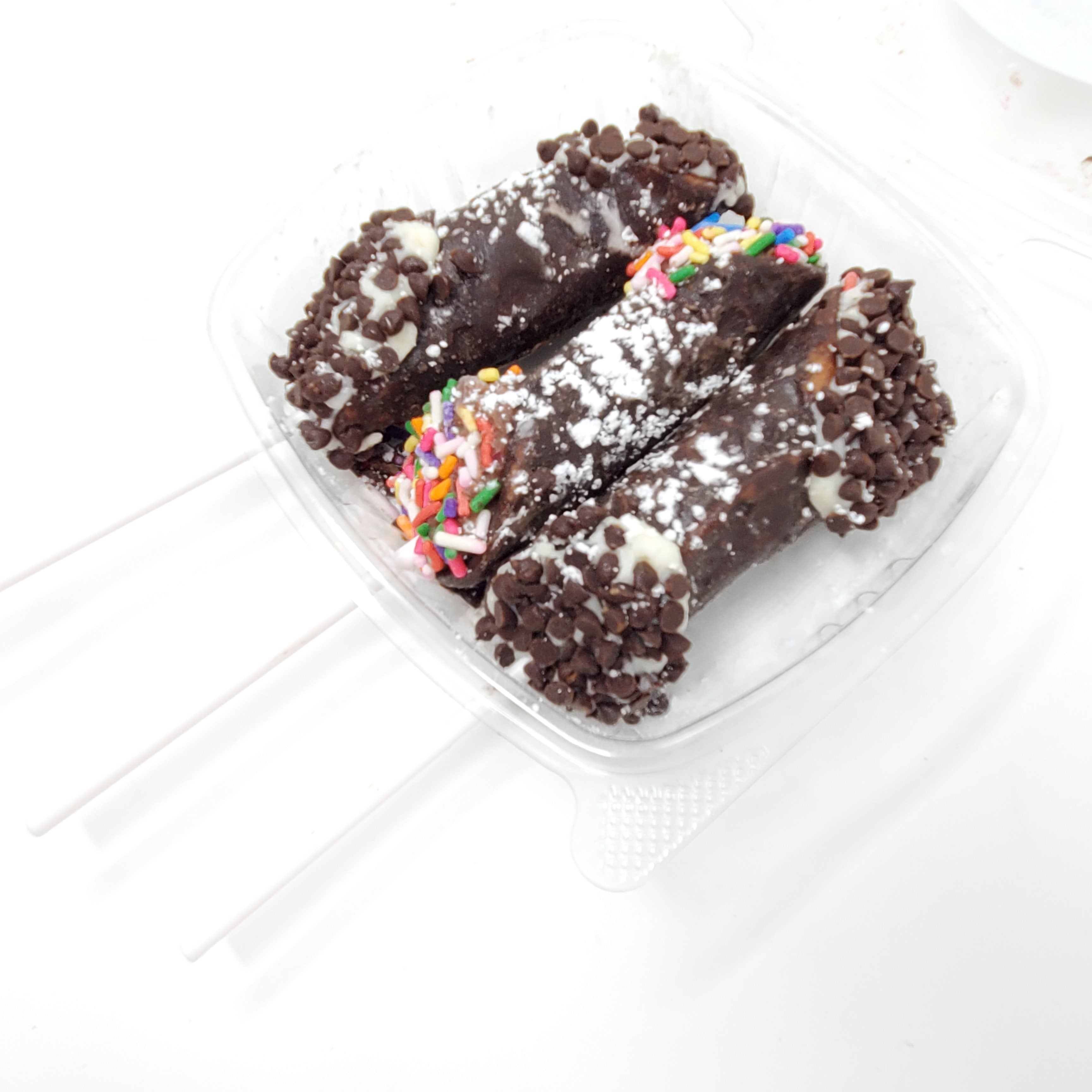 12 Mini Frozen Cannoli Pops (Free Shipping)