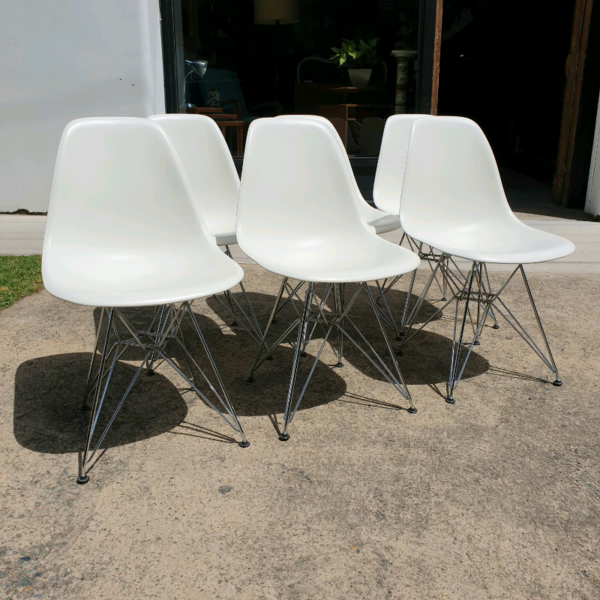 DSR Vitra Eames Set of Six Dining Chairs