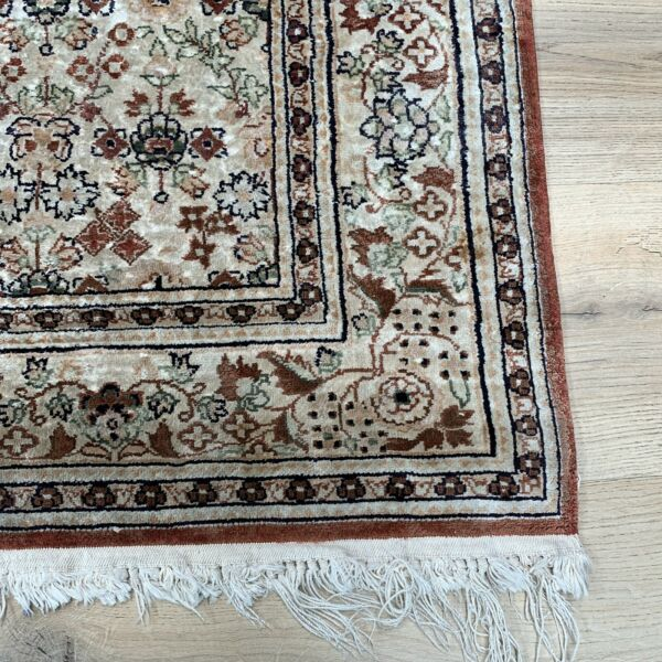 Hand Knotted Silk Rug