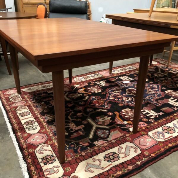 Mid Century Chiswell Extension Dining Table