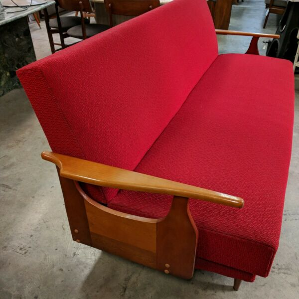 Retro 3 Seater 1960's Daybed Lounge Original Red Upholstery