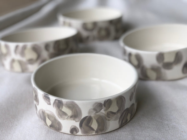 Simple-Shape Pet Bowl