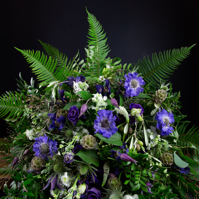 WILD, SCOTTISH AND NATURAL HAND-TIED SHEAF