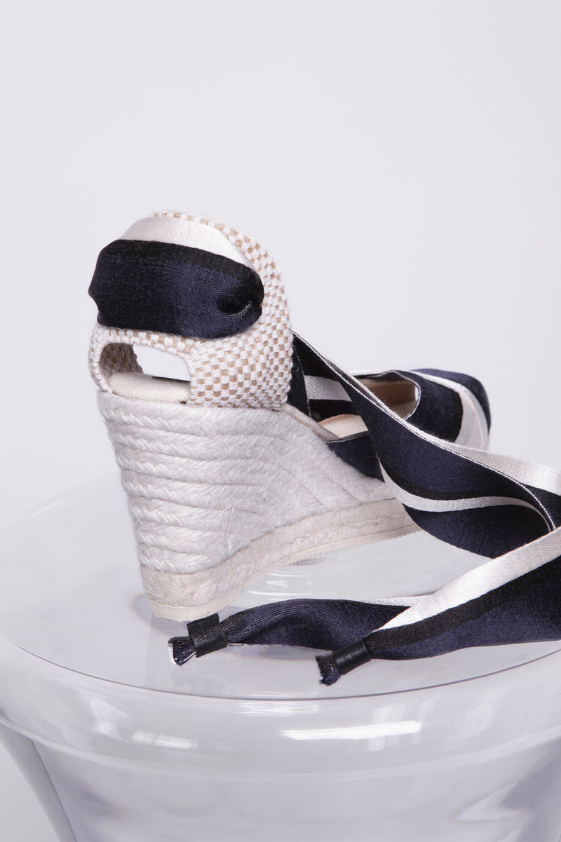 Tavira Ribbon Tie with Heel