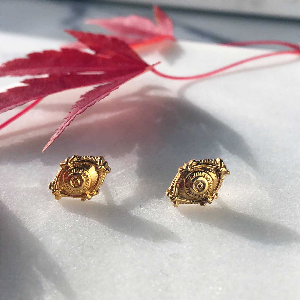 Holiday gifts fro her under $40 Gold eye stud earrings