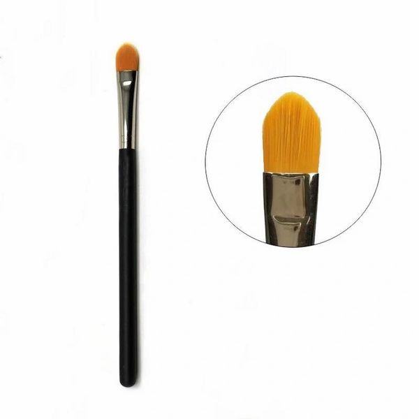 TBS00 The Beautee Shoppe Concealer Brush