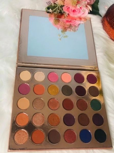 Beautee Basics Eyeshadow Palette