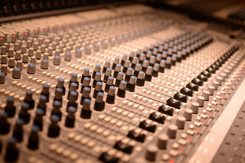 6 Reasons Not To Attend Music Production School Top Music Arts