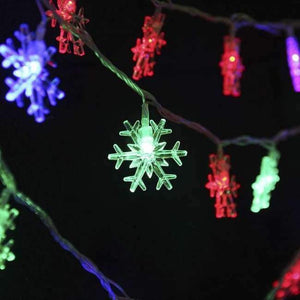 Led holiday lights Christmas pendants led snowflake string indoor and outdoor decorative color light battery section 5 m