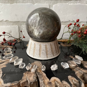 Sphere Holder No. 9