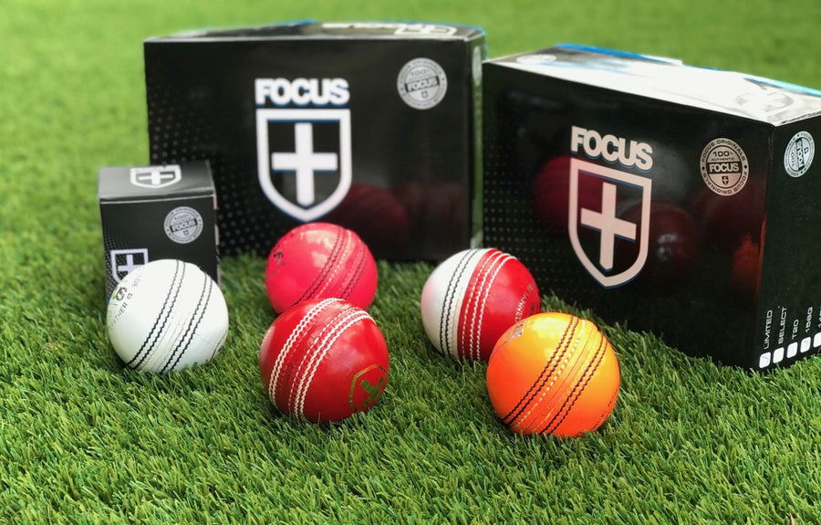 Focus LIMITED Series 156g Ball - 4pc Red - Australian Seam