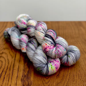 Haunted house Sock yarn