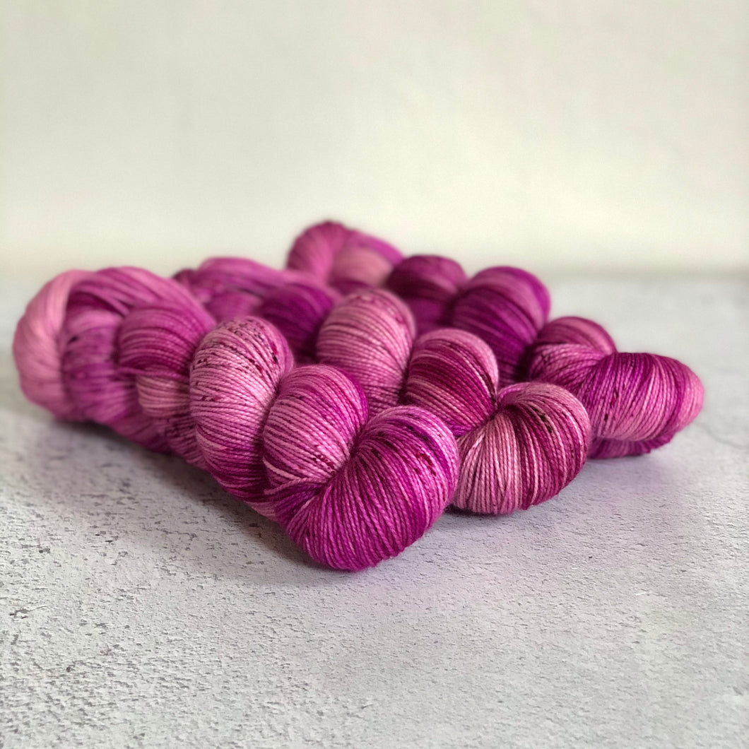 Wild berries Sock yarn