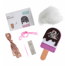 Load image into Gallery viewer, Make your own felt decoration    Ice Lolly     GCK057