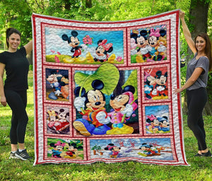 Mickey And Minnie - Premium Quilt