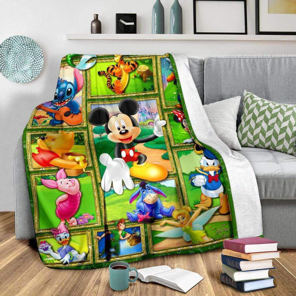 DISNEY LOVE - Premium Blanket
