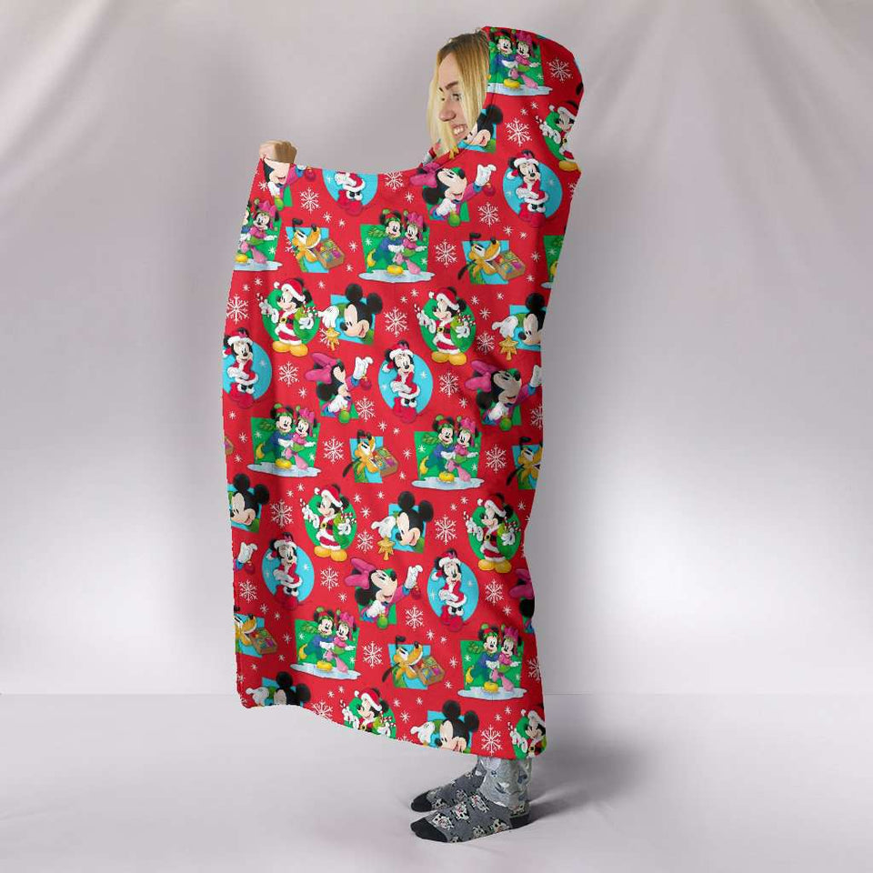 O.CHRISTMAS HOODED BLANKET