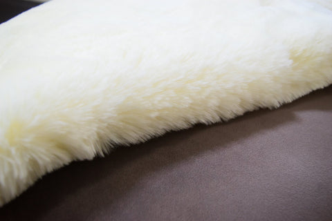 Butter Cream Faux Fur Throw RUGSANDROOMS