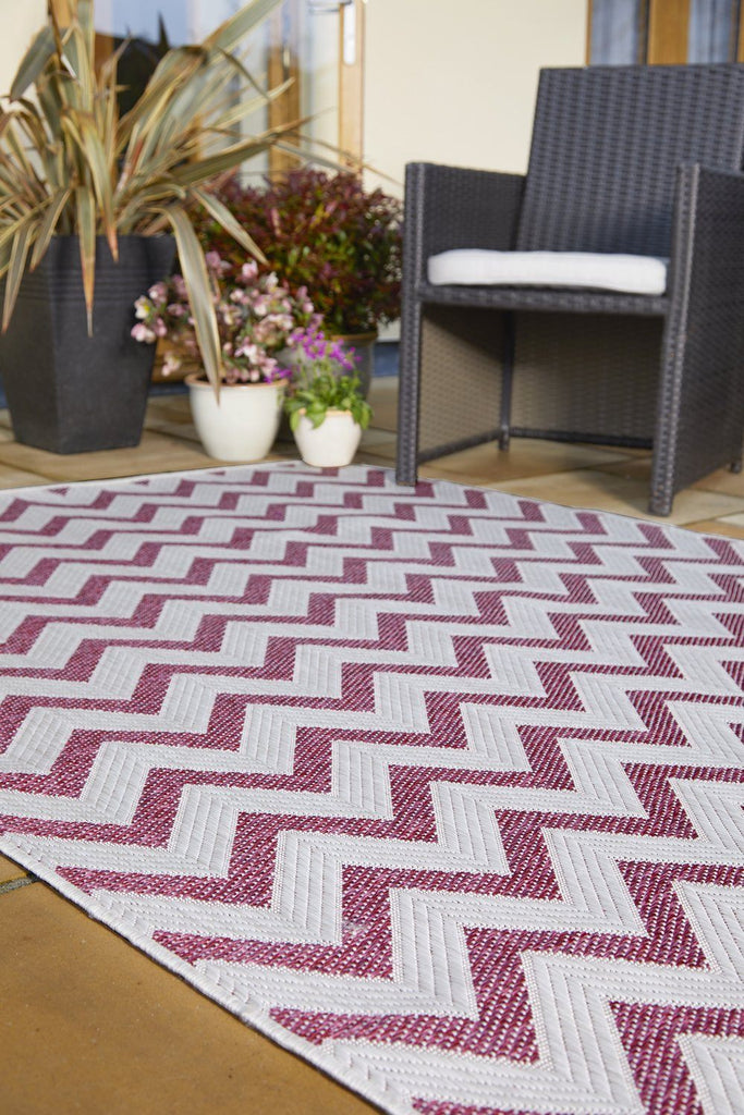 Pink Zig Zag Outdoor Indoor Area Rug RUGSANDROOMS
