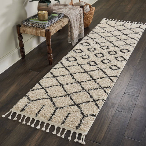 Thornton Cream Area Rug RUGSANDROOMS