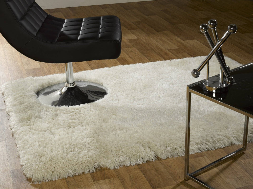 Neval White Area Rug RUGSANDROOMS