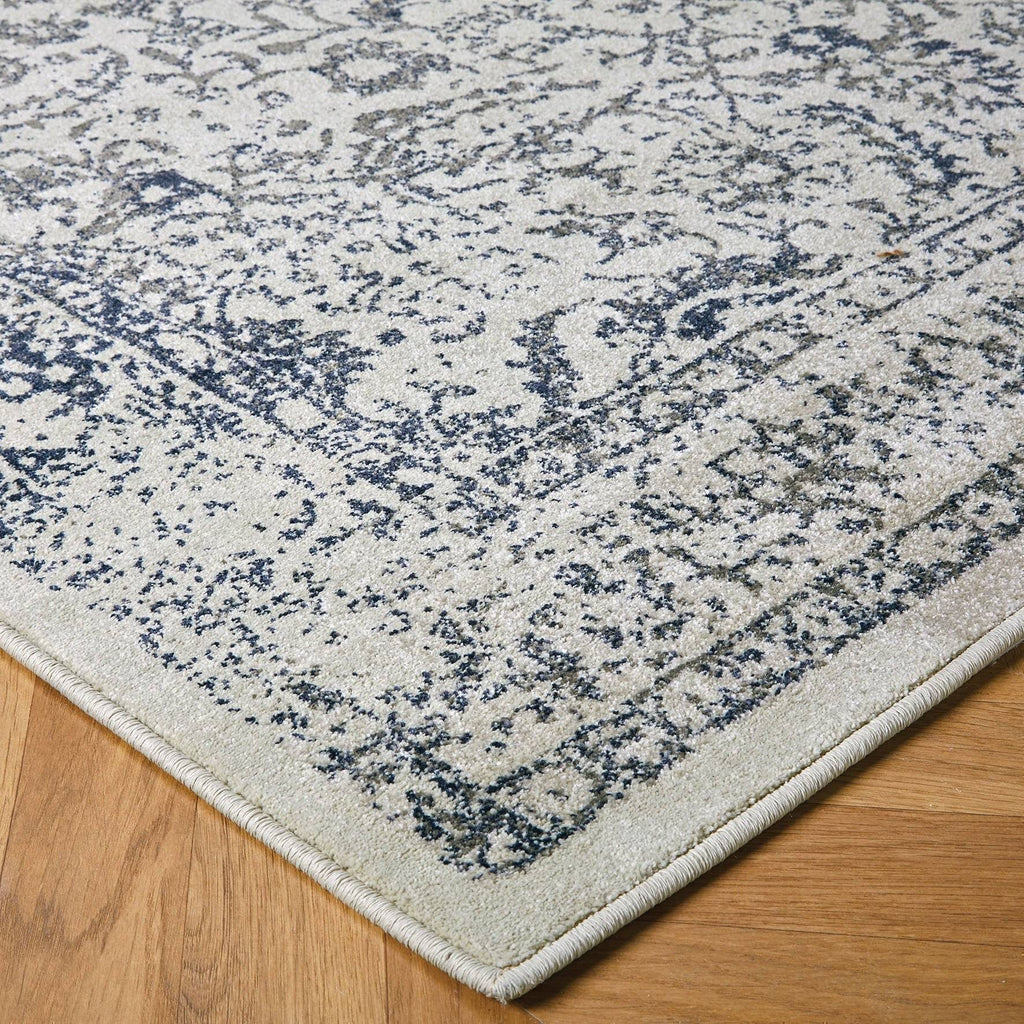 Traditional Blue Area Rug RUGSANDROOMS
