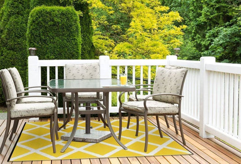 Image of Diamond Mimosa Yellow & Cream Indoor-Outdoor Reversible Rug cvsonia