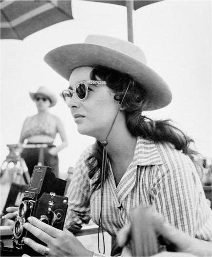 "Frank Worth Collection ""Elizabeth Taylor In Cowboy Hat"" w/coa - Global Images Gallery"