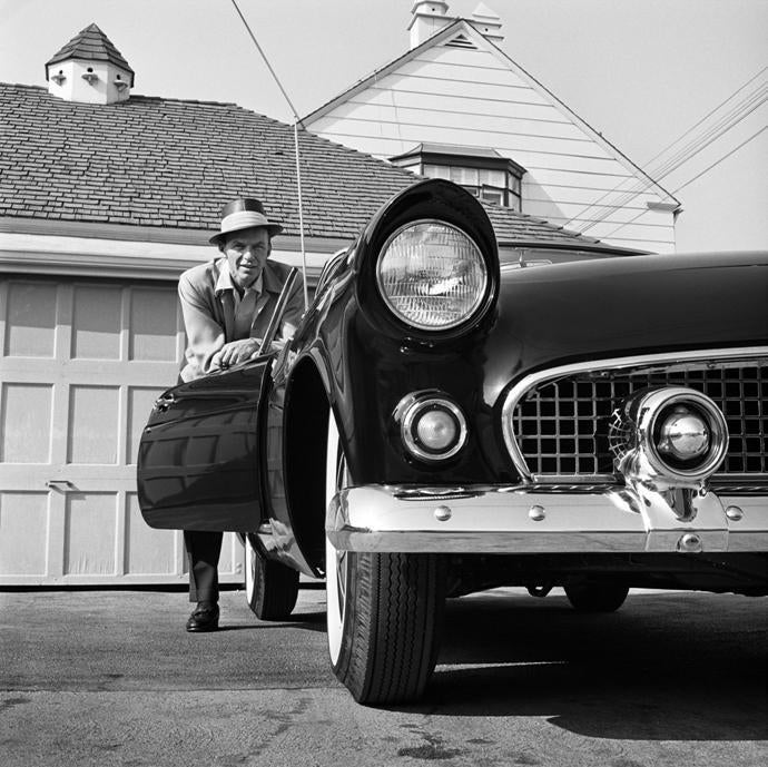 "Frank Worth Collection ""Frank Sinatra Leaning On T-BIRD"" Large Format - Global Images Gallery"