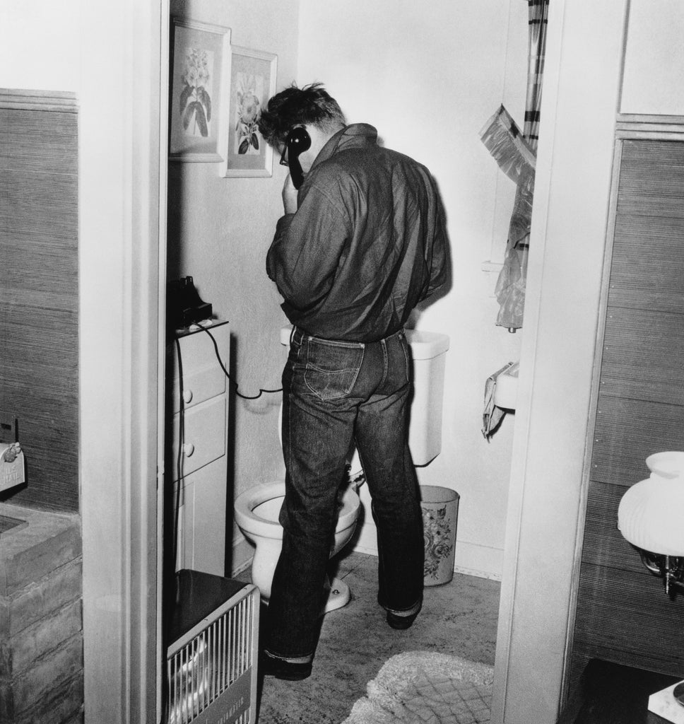 "Frank Worth Collection ""James Dean In Restroom"" w/coa - Global Images Gallery"