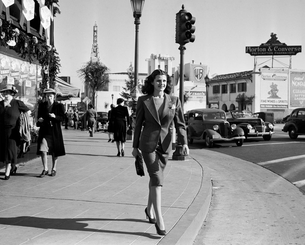 "Frank Worth Collection ""Rita Hayworth Walking In Hollywood"" w/coa - Global Images Gallery"