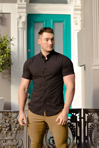 A Dress Shirt Tailor-Made For Athletes & Muscular Guys