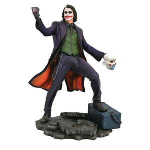 Batman: Dark Knight - Joker PVC Diorama
