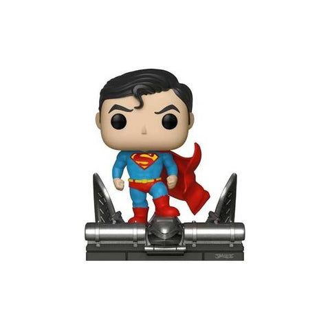 Superman - Superman on Gargoyle Jim Lee Movie Moment US Exclusive Pop! Vinyl