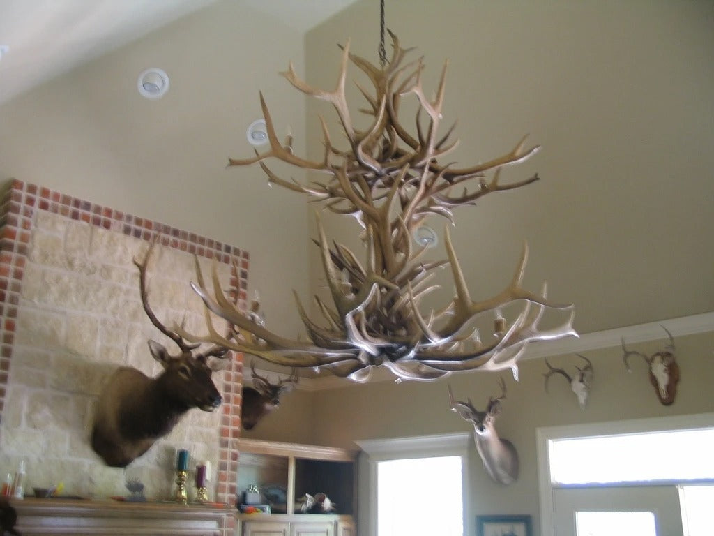 12 Light Double Tier Elk Antler Chandelier (AWC-25)