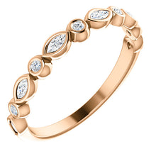 Load image into Gallery viewer, 14K Gold 1/4 CTW Diamond  Wedding or Stackable Ring