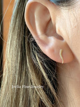 Load image into Gallery viewer, Small Gold Italian Horn earrings Studs