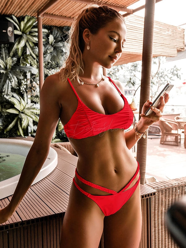 Sexy Low Collar Spaghetti-Neck Bikini Swimsuit