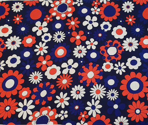 Blue Red Daisy Cotton Woven (40x40 repeat)