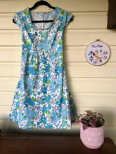 Load image into Gallery viewer, Blue Floral Dress with Pockets