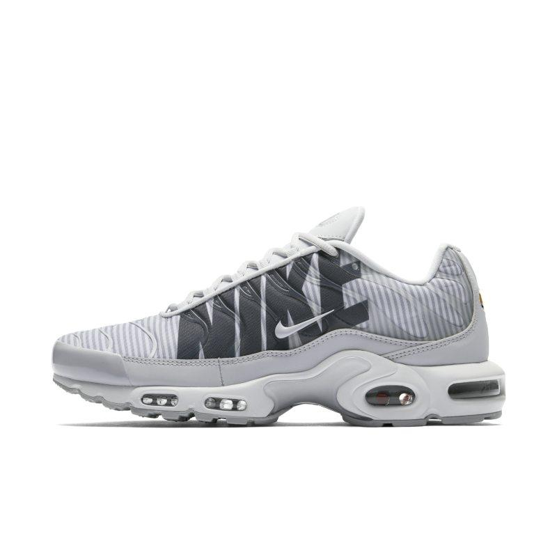 Nike Nike Air Max Plus TN SE Men's Shoe - Silver SOLEHEAVEN
