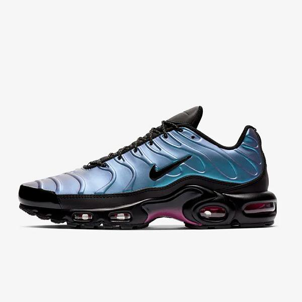 Nike Nike Air Max Plus SE 'Throwback Future' SOLEHEAVEN