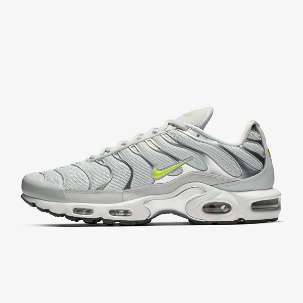 official photos 51081 54b53 ... low price nike air max plus tn se pure platinum volt e42ee 8bb93