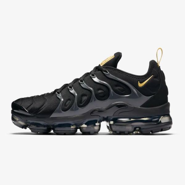 bfc3fc3f285 Nike Nike Air Vapormax Plus  Black   Gold  SOLEHEAVEN