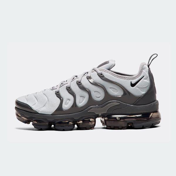 Nike Nike Air Vapormax Plus 'Wolf Grey' SOLEHEAVEN