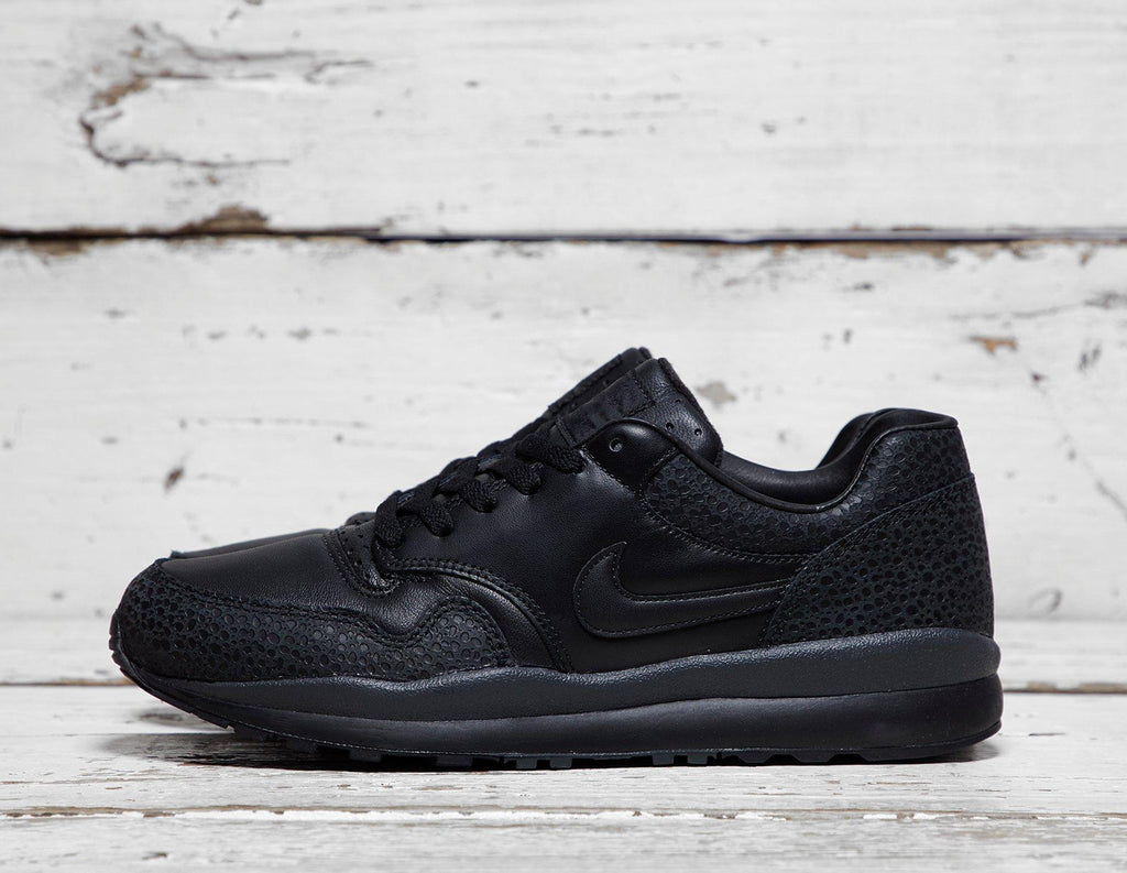 Nike Mens Nike Air Safari - Black, Black SOLEHEAVEN