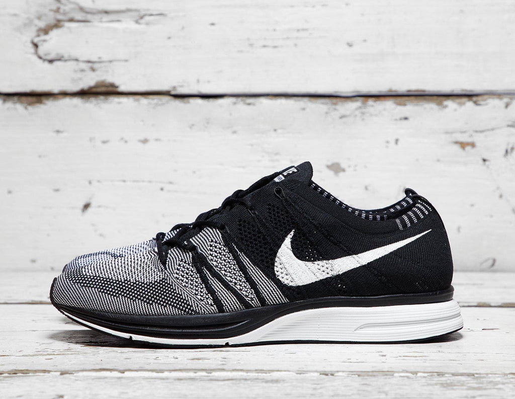 88e155083ae Nike Mens Nike Flyknit Trainer - Black White